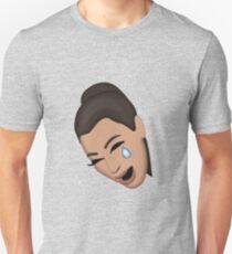 KIM KARDASHIAN CRYING FACE Unisex T-Shirt