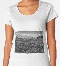 Desert Landscape In Black And White Women's Premium T-Shirt