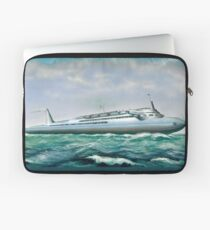 Streamlined ocean liner Laptop Sleeve