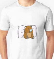 Geeky bear playing his old gameconsole Unisex T-Shirt