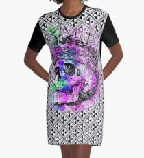SKULL KING AND PATTERN T-Shirt Kleid