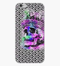 SKULL KING AND PATTERN iPhone-Hülle & Cover
