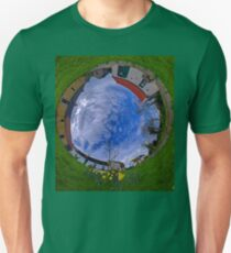 Hanna's Close, County Down (Sky In) T-Shirt