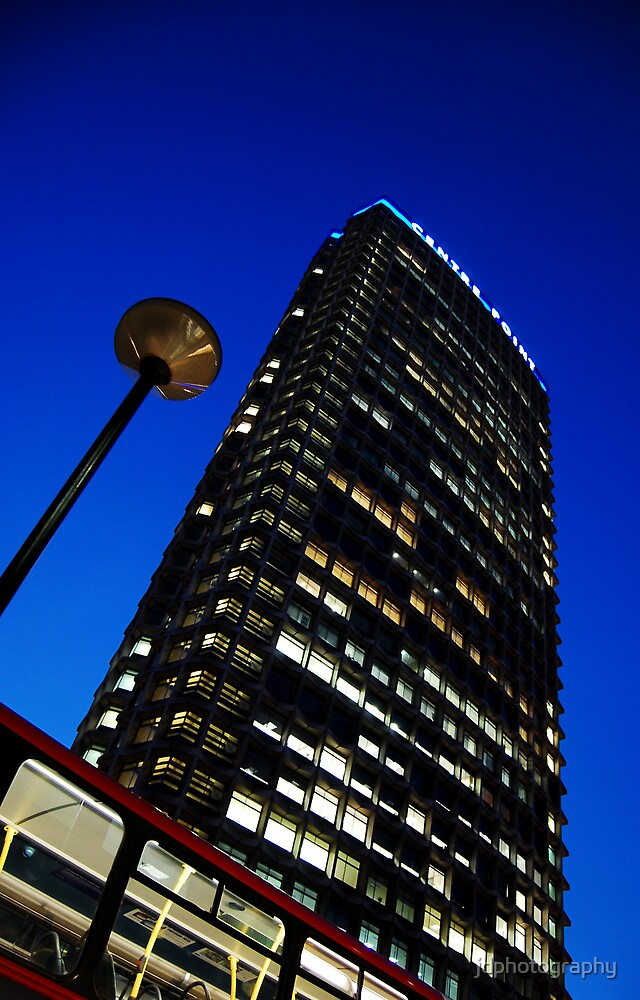 Centre Point at Night by jdphotography