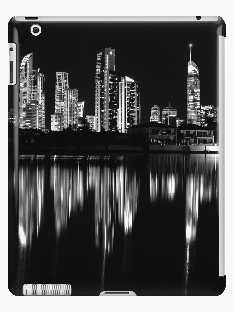surfers paradise at night by Willscape