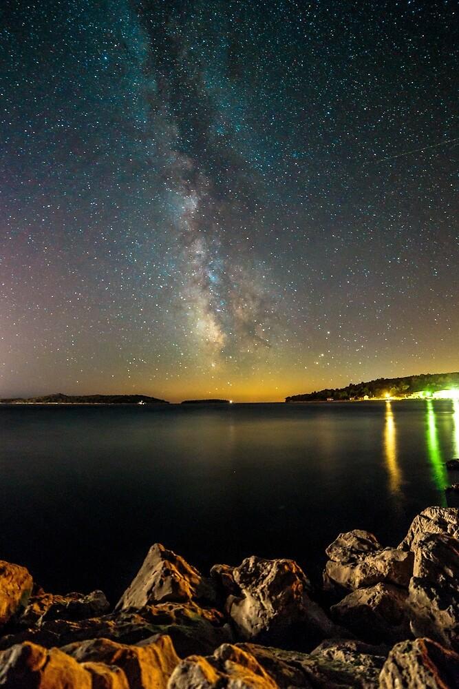 Milky way in the sky of Croatia by zakaz86
