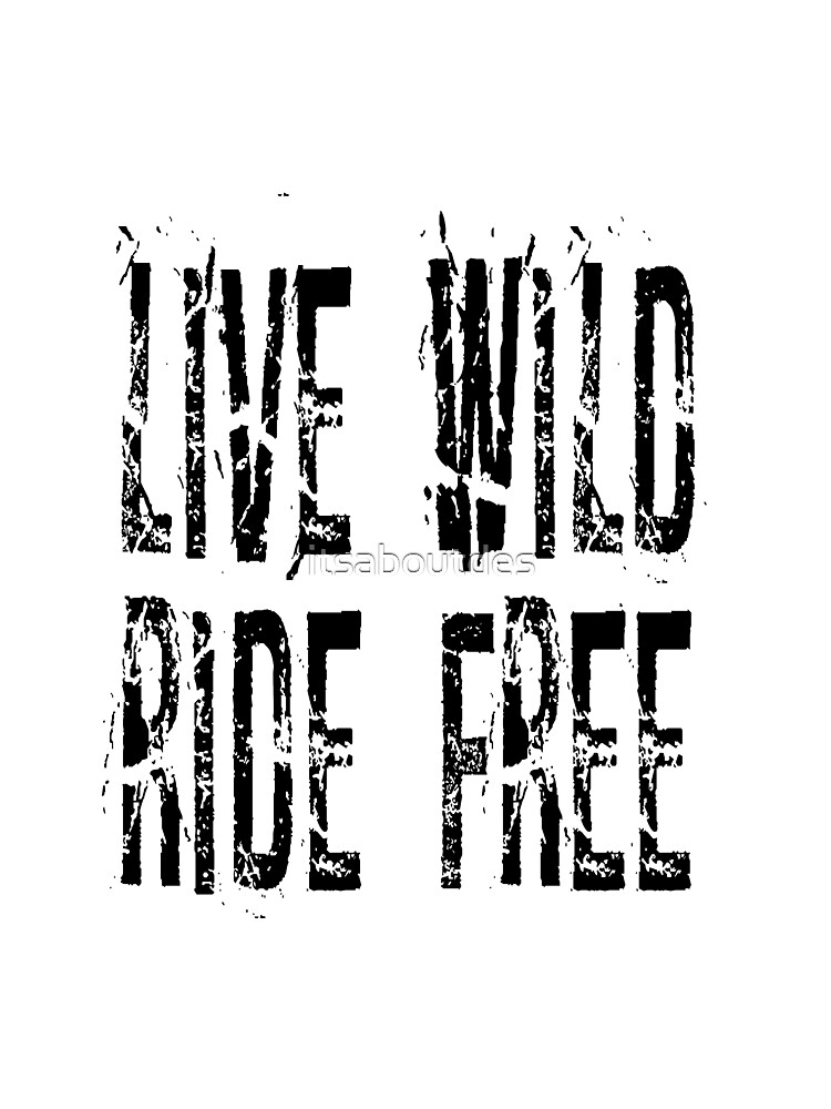 Live Wild T-shirt by itsaboutdes