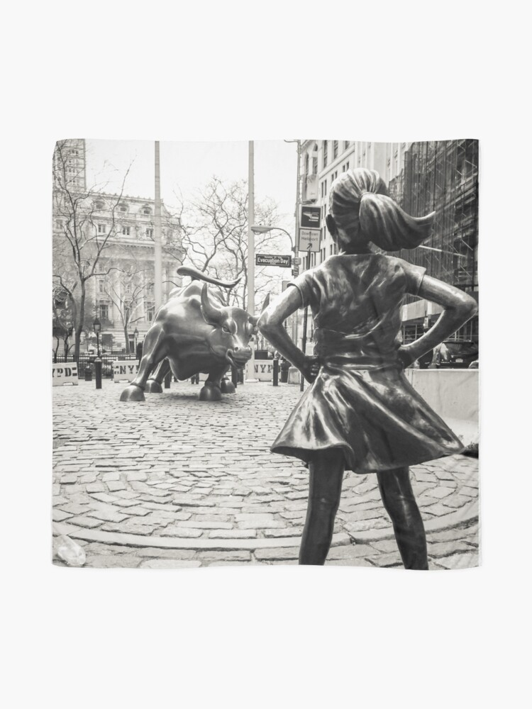 Alternate view of Fearless Girl & Bull NYC Scarf