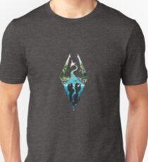 Skyrim Logo - Forest Scene Embossed in Granite Unisex T-Shirt