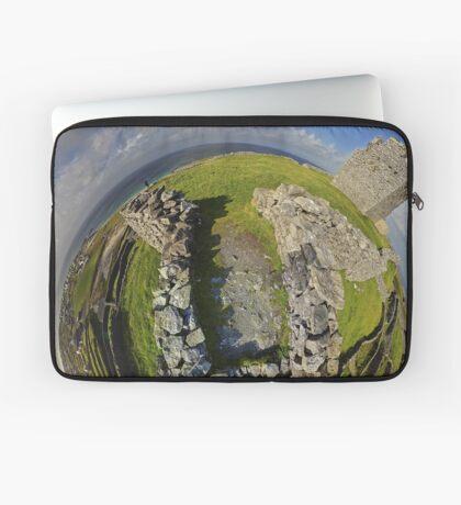 O'Brien Fort Inisheer, Aran Islands, Ireland Laptop Sleeve