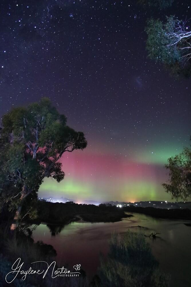 aurora australis at Forth River 20.4.2018 by Gaylene Norton