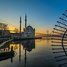 Ortakoy, Istanbul - Part III by hayrettinsokmen
