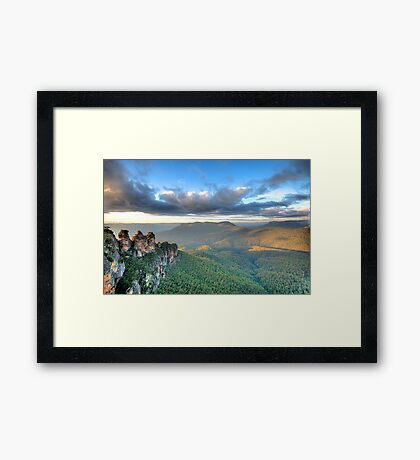 Sisters With A View - Blue Mountains World Heritage Framed Print