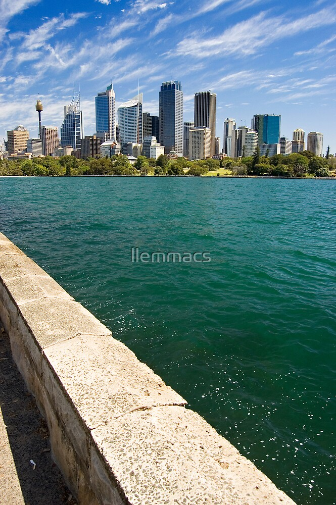 Sydney Skyline by llemmacs