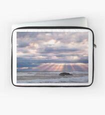 Light rays - Sorrento - Mornington Peninsula Laptop Sleeve