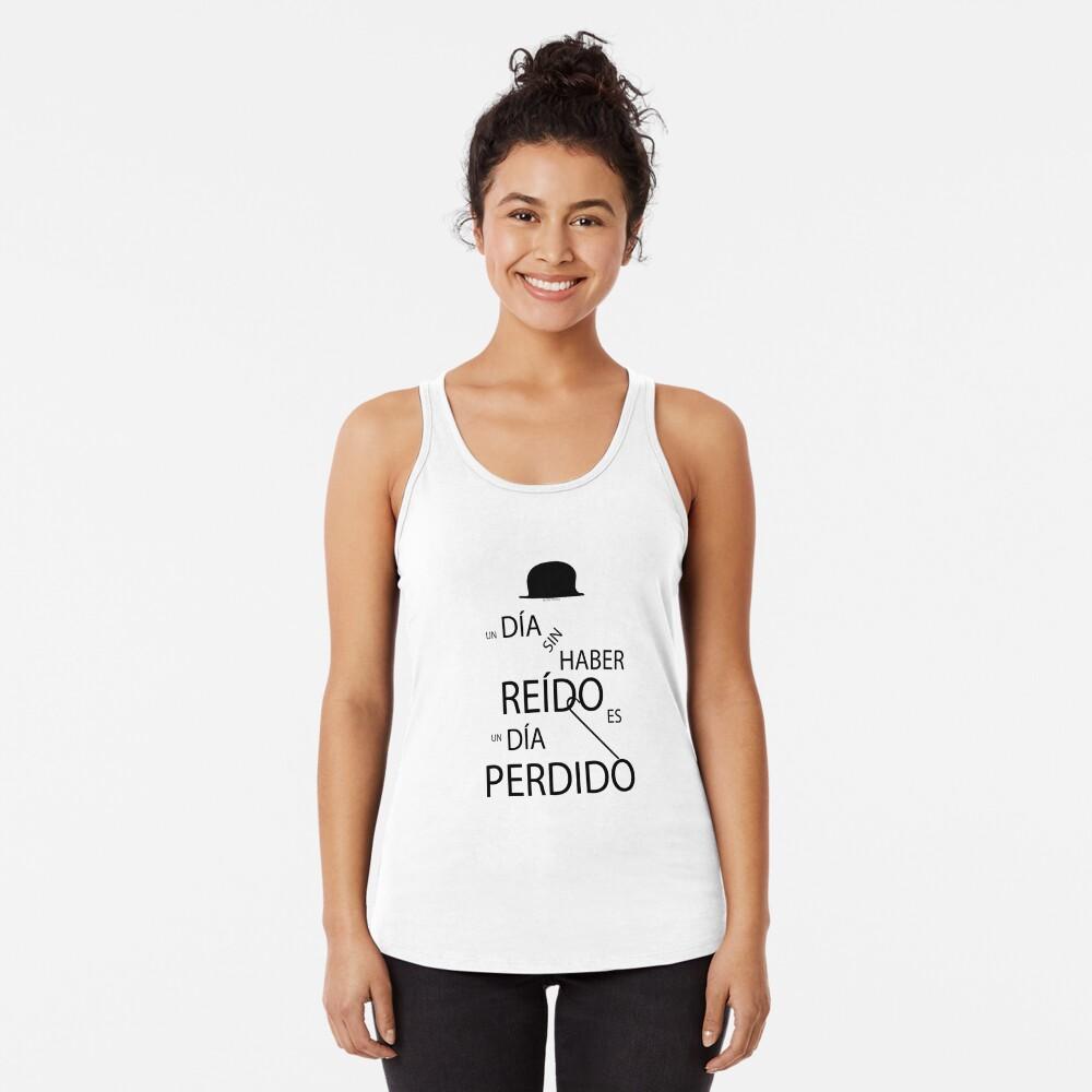 Un día sin haber reído es un día perdido, Charlot Camiseta con espalda nadadora