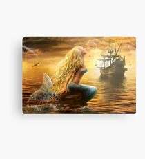 Lámina metálica Hermosa fantasía sirena del mar con la nave en el fondo del atardecer
