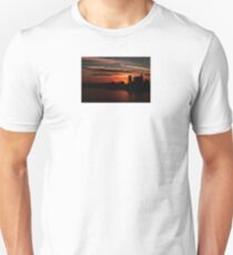 and yet another day closes... T-Shirt