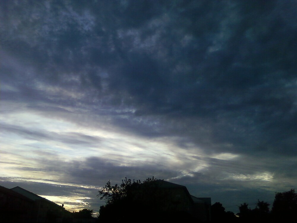 Angery sky by Damijuan509