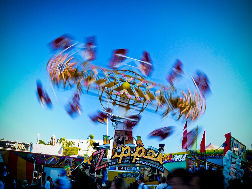 Carnival time! by Daniel Peut
