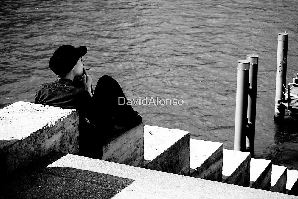 Fumando ||| Smoke by DavidAlonso