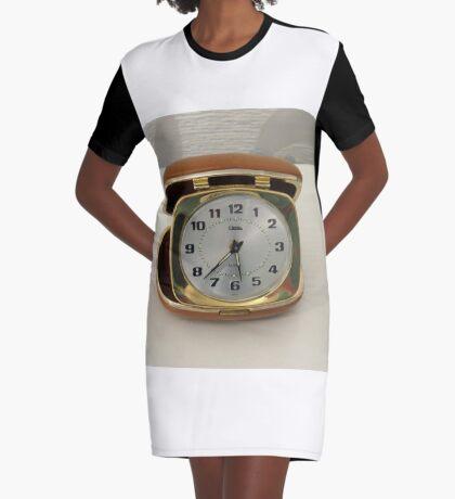 Tick oder nicht Tick? Vintage Reiseuhr T-Shirt Kleid
