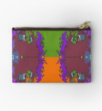 ABSTRACT GRAPHIC PRINT { BIG COUNTRY} BY JANE HOLLOWAY Studio Pouch