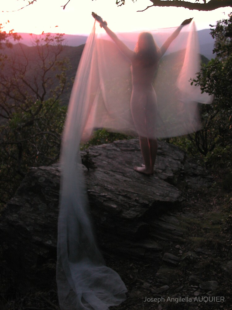 Deesse dance in the sun by joseph Angilella AUQUIER