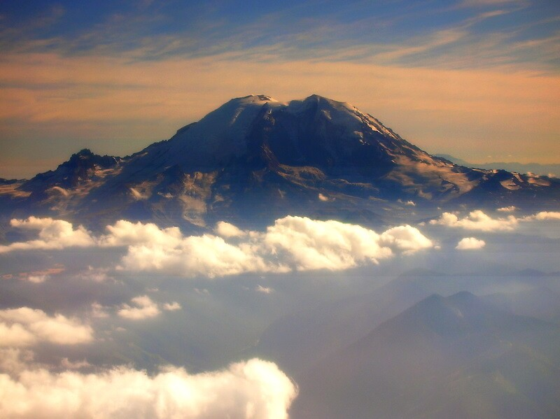 Mt. Rainier  up in the sky by Halcyonclaire