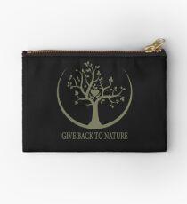 Give Back to Nature - Kaki Grunge Studio Pouch