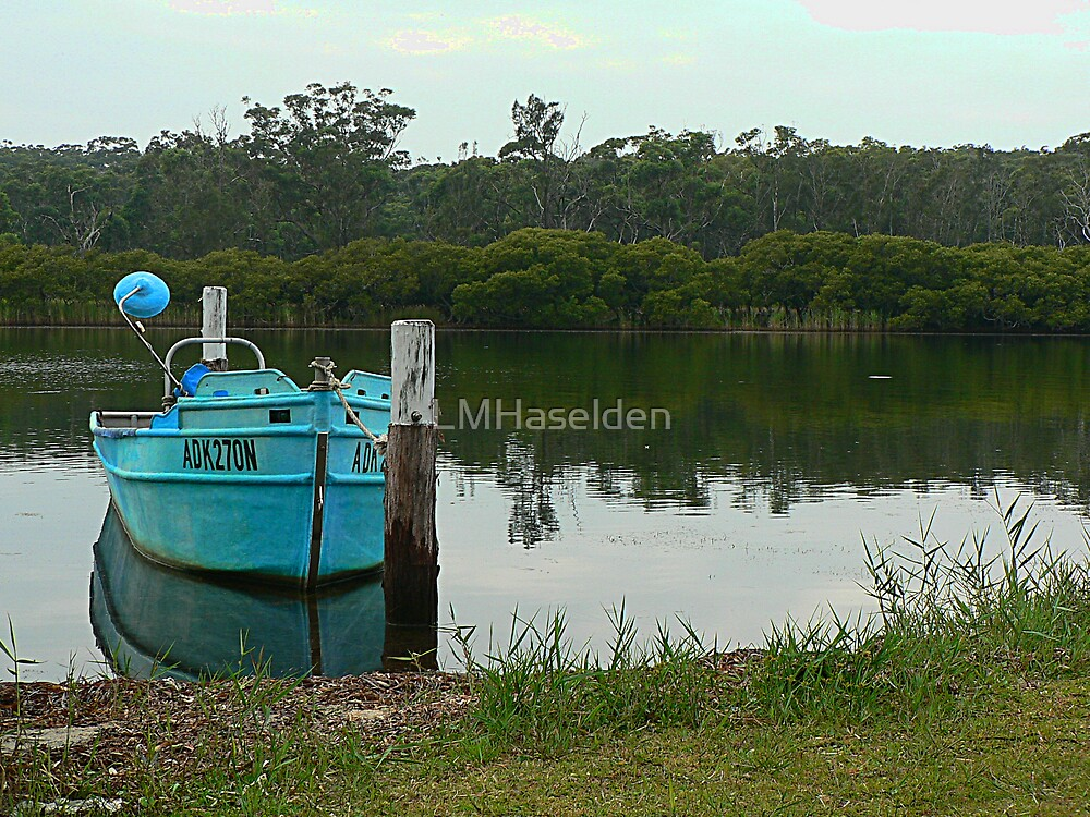 Sussex Inlet by Lynne Haselden