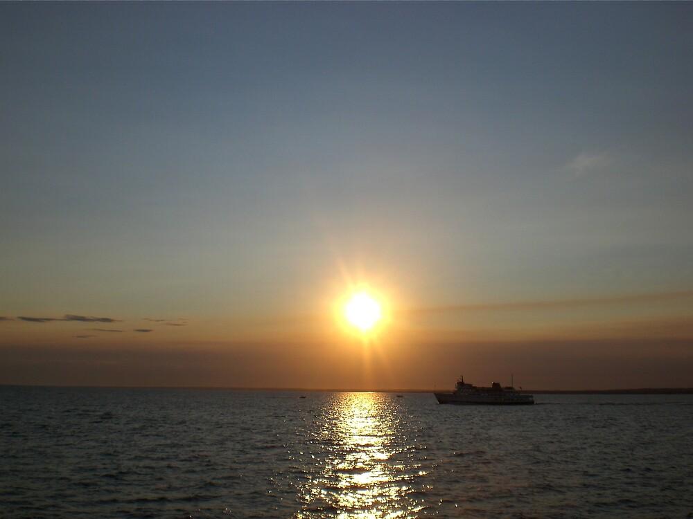 Block Island Ferry by introspectionx