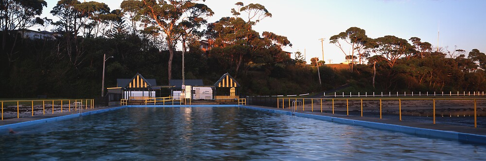 Ulladulla Sea Pool by Steve Fox