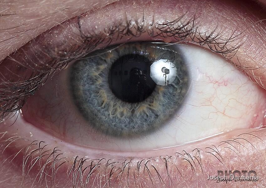 Lee's Eye by Joseph Darmenia