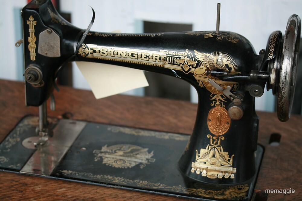 sewing machine by memaggie