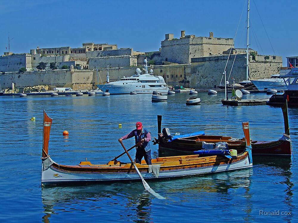 Cottonera (2) by Ronald cox