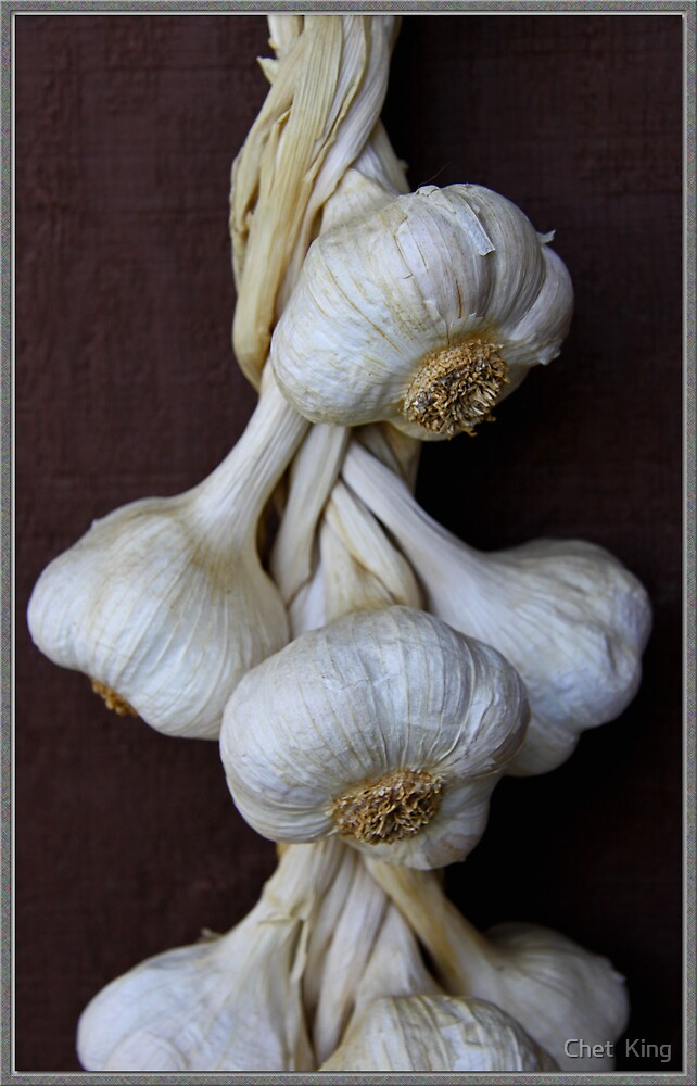 Garlic by Chet  King