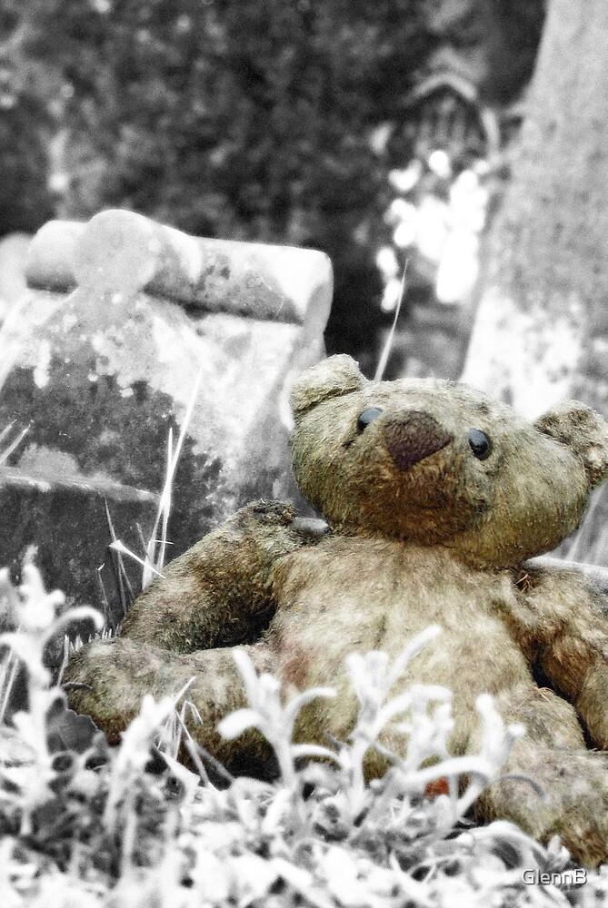 Grave Bear by GlennB
