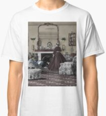 Victorian living Classic T-Shirt