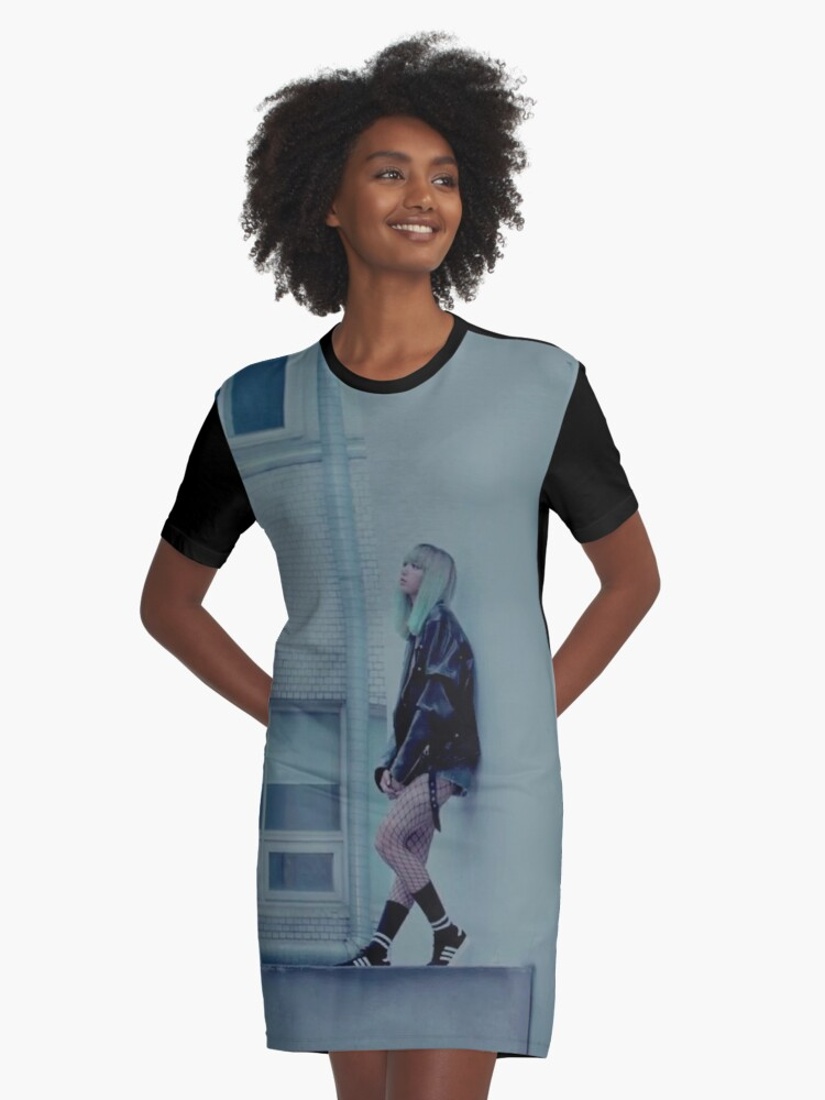 Blackpink Lisa Stay Graphic T Shirt Dress By Nurfzr Redbubble