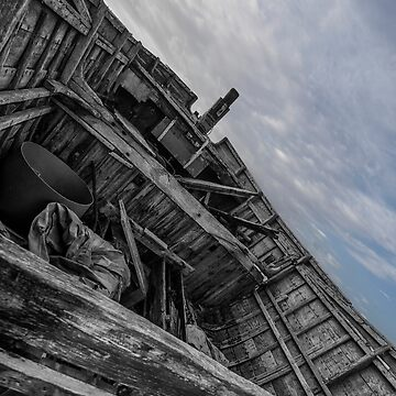 Camber Sands: Boat Ruin by AntSmith