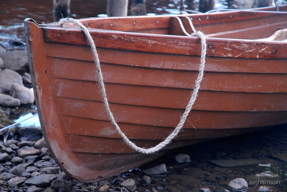 Boat and Rope by aejharrison