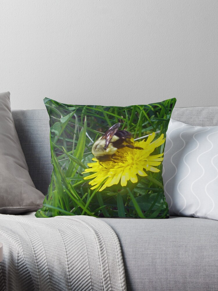 BEE ON A DANDY  by Michelle BarlondSmith