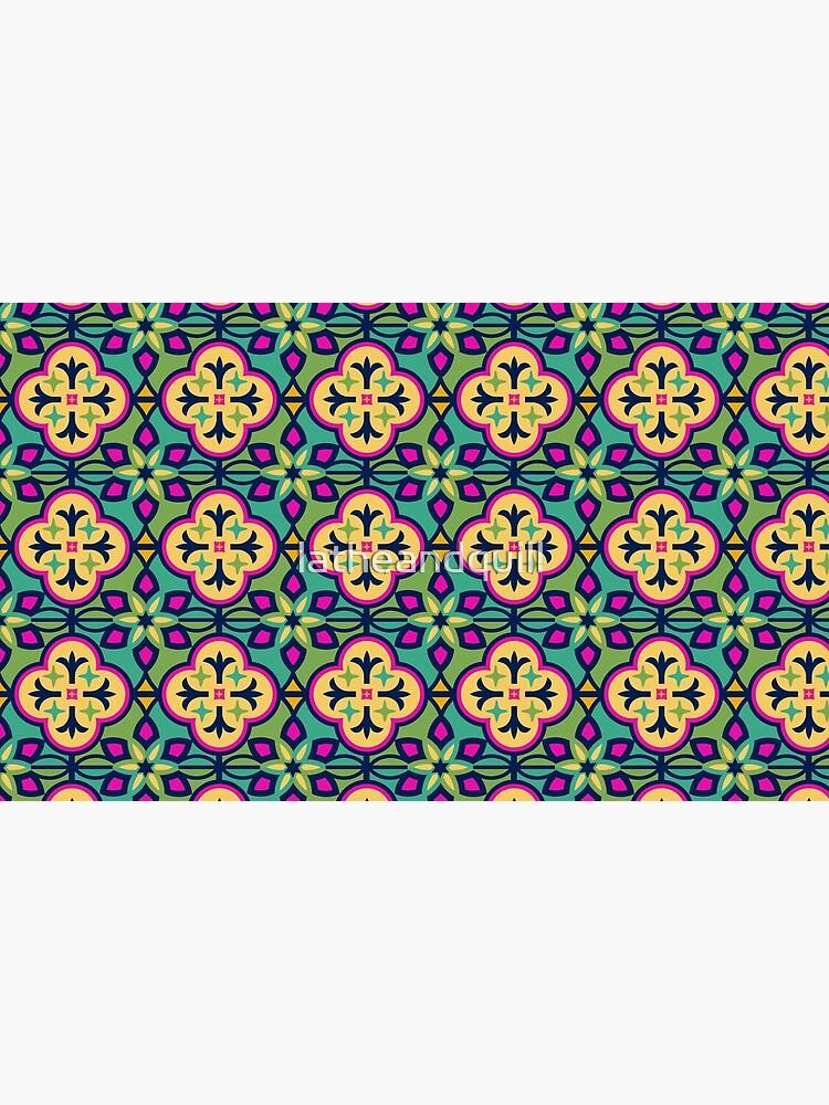 Buntes inspiriertes marokkanisches Fliesen-Muster von latheandquill