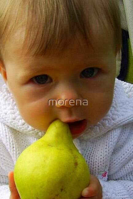 eating the pear  by morena