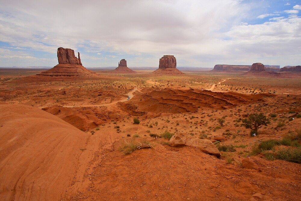 Monument Valley by krasakala