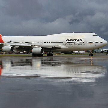 Reflections - Qantas Boeing 747- 400 Sydney Airport YSSY SYD SKSA Australia by code7600