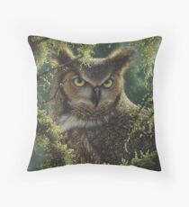 """Great Horned Owl """"Watching and Waiting"""" Throw Pillow"""