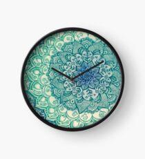 Smaragd-Gekritzel Uhr
