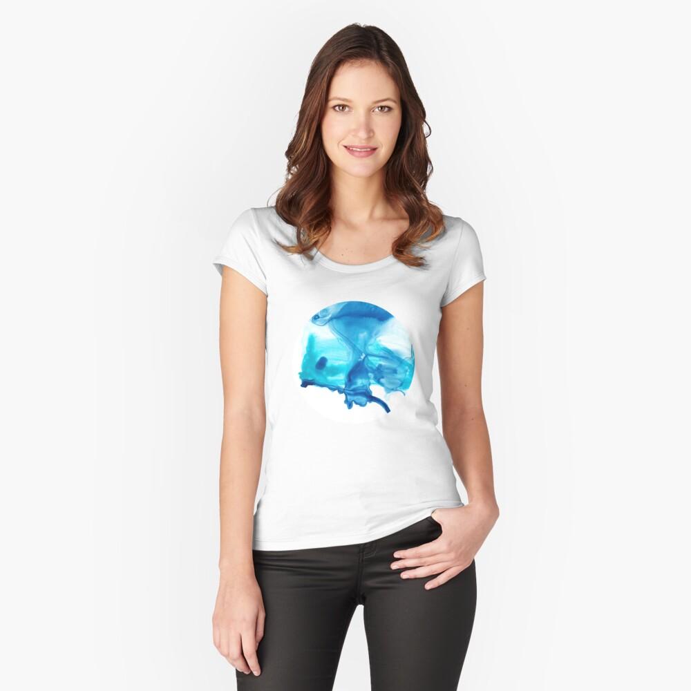 Butterfly 02 Tailliertes Rundhals-Shirt für Frauen Vorne